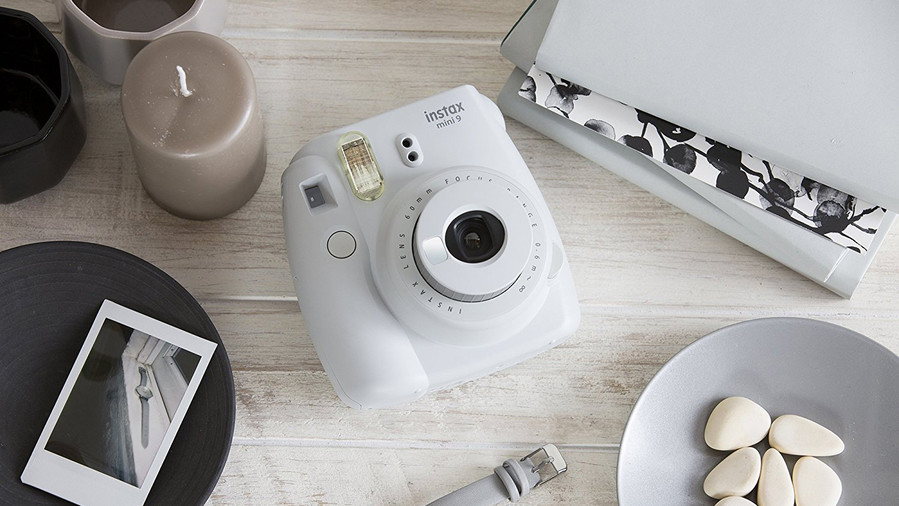 RX_1709 Tech Gifts_Fujifilm Instax Mini 9 Instant Camera