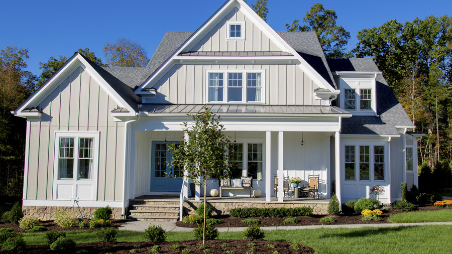 Cottage by Creative Home Concepts of Richmond