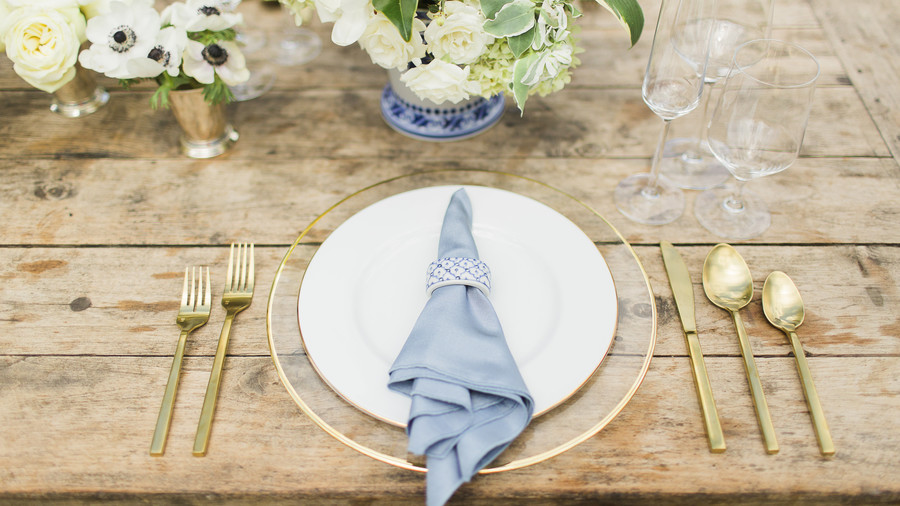 Center Your Place Setting Around Color
