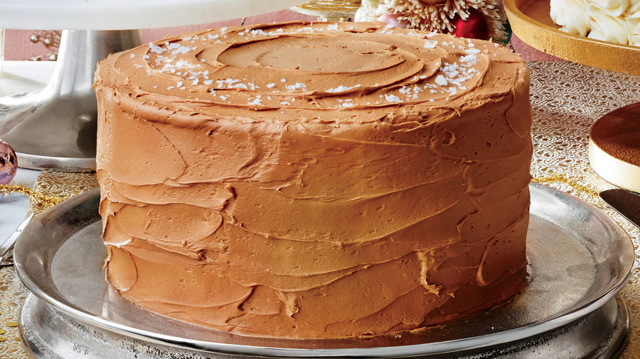 The Frosting Recipes Every Southerner Should Have on Hand This Holiday Season
