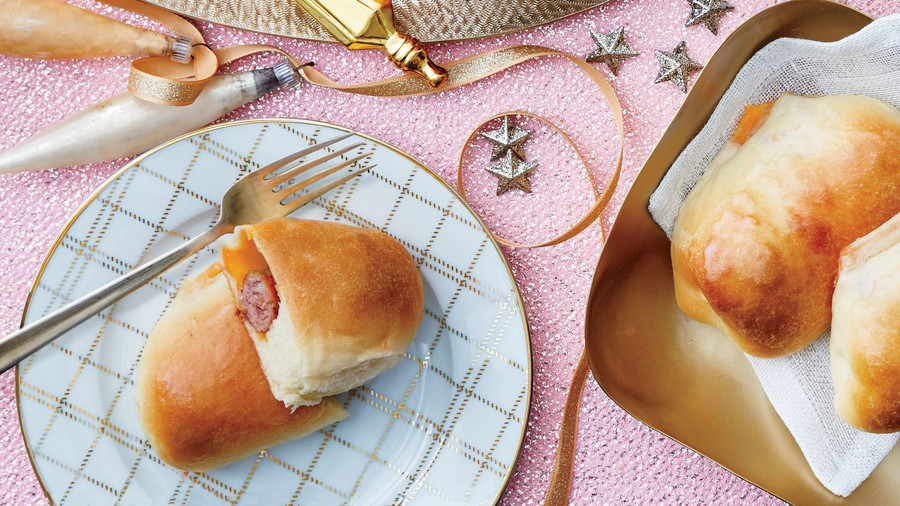 Spicy Sausage-and-Cheddar Kolaches