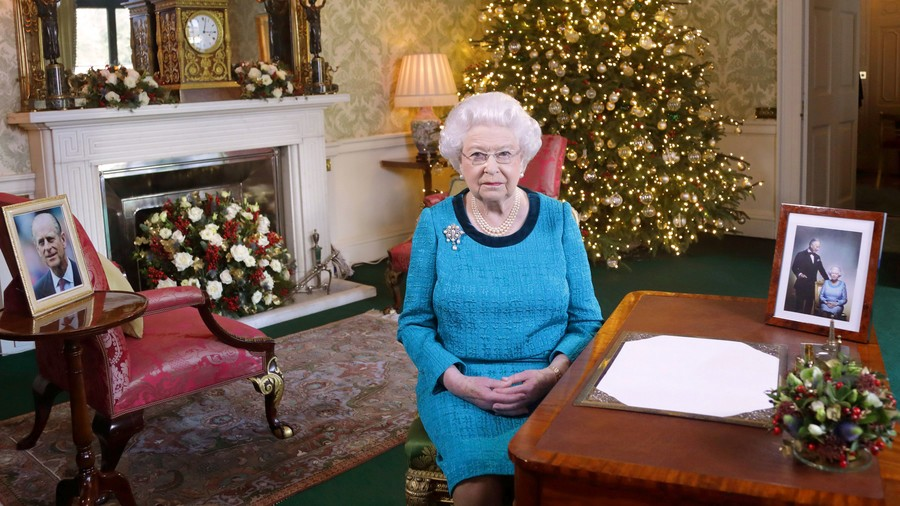 Queen Elizabeth on Christmas Day 2016