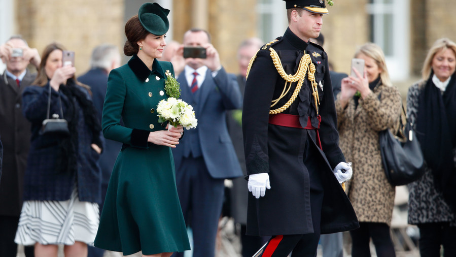RX_1711_Kate Middleton Holiday Style_Go Green