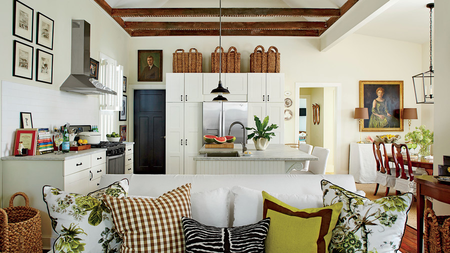 Buff Coles Charleston Living Room, Kitchen, and Dining Room
