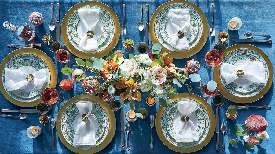 Blue and Pink Christmas Table Setting