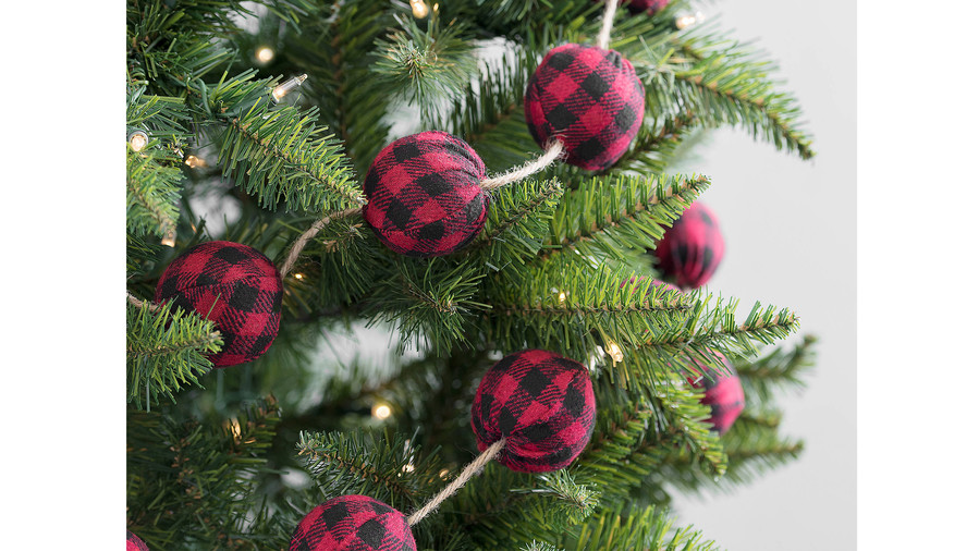 red buffalo check christmas garland - Plaid Christmas Ornaments