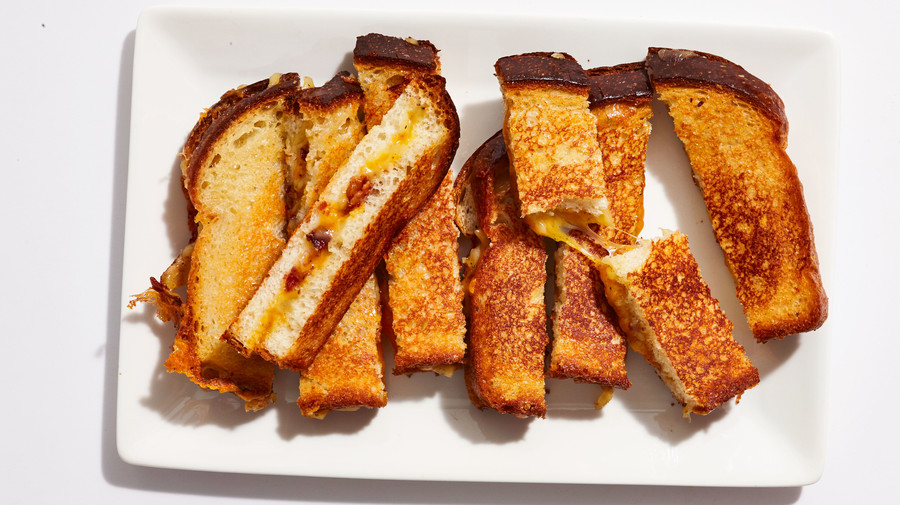 Gourmet Grilled Cheese with Bacon
