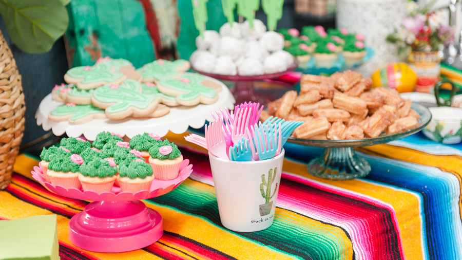 Southern Wedding Gifts: 31 Bridal Shower Themes We're Kind Of Obsessed With