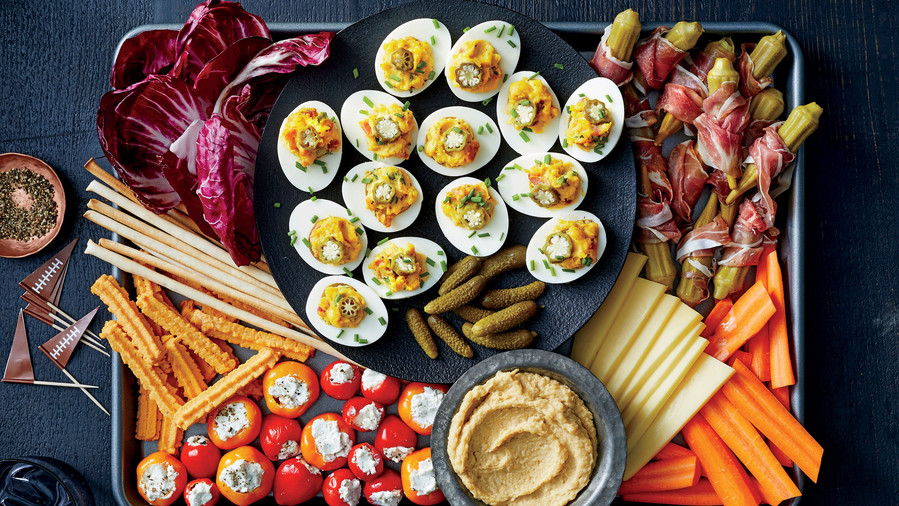 50 Easy Thanksgiving Appetizers to Warm Up Your Appetite