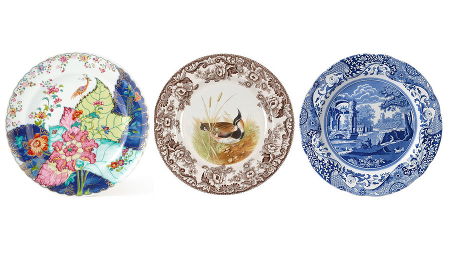 Here's What Your Favorite China Pattern Says About Your Personality