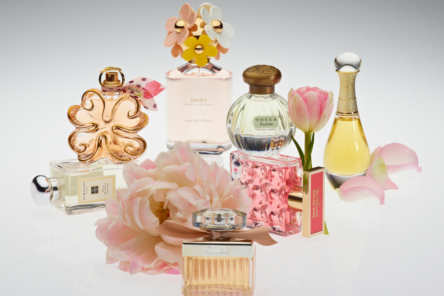 Elements Southern Style Rightly described by some people as a feeling as much as a place, these are the elements of Southern style. From monograms and signature scents to bow ties ...