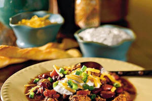 Soup Recipes: Chunky Beef 'n' Tomato Chili