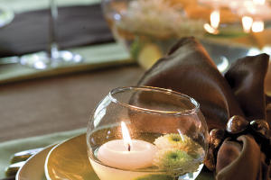 Create a Glowing Place Setting