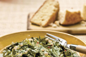 Thanksgiving Dinner Side Dishes: Collards With Red Onions