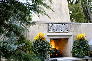 Tulsa forecourt with outdoor fireplace