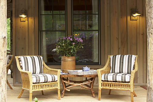 Front Porc h Outdoor Furniture