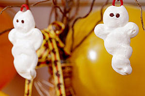 White Meringue Ghosts