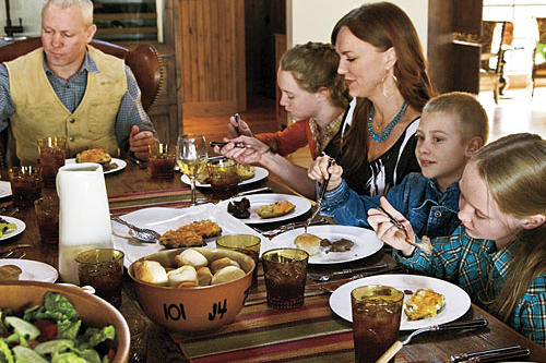 The Pioneer Woman: Ree Drummond and Family