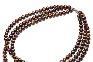 Christmas Gift Ideas: Pearl Necklaces