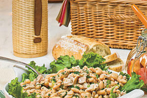 Healthy Main Dish Salad Recipes: White Bean-and-Tuna Salad