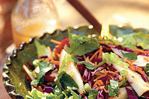 Healthy Food Recipe: Fresh Pear Salad With Asian Sesame Dressing