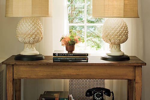 Home Interior Decorating Ideas: Get Barbara's Look & Lamps
