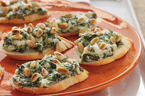 Spinach-and-Parmesan Crostini Recipes