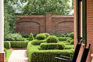 Magnificent Boxwood Gardens