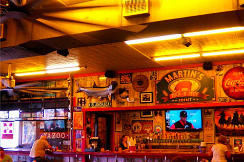 Martin s bar b que joint nolensville tn 2013 best for Dining in nolensville tn