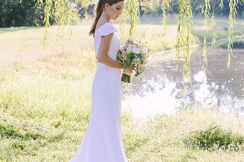 Simple and Structural Gown