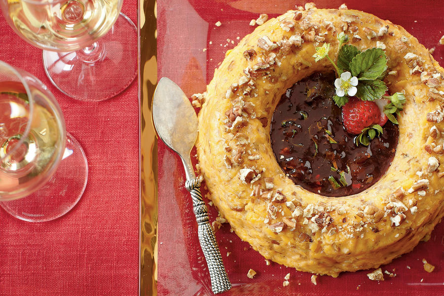 Cheese Ring with Strawberry Preserves