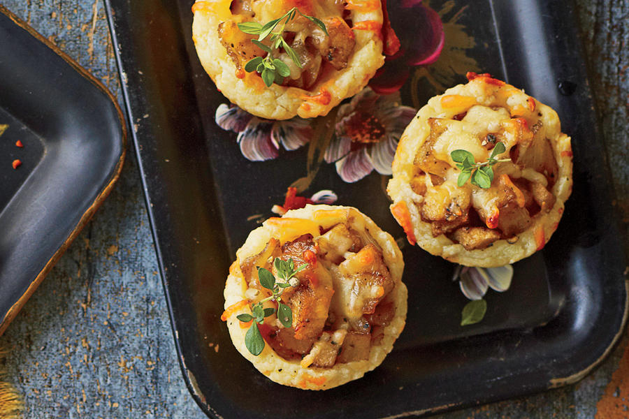 Caramelized Onion-and-Apple Tassies