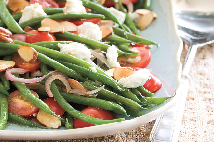 Green Beans with Goat Cheese, Tomatoes, and Almonds