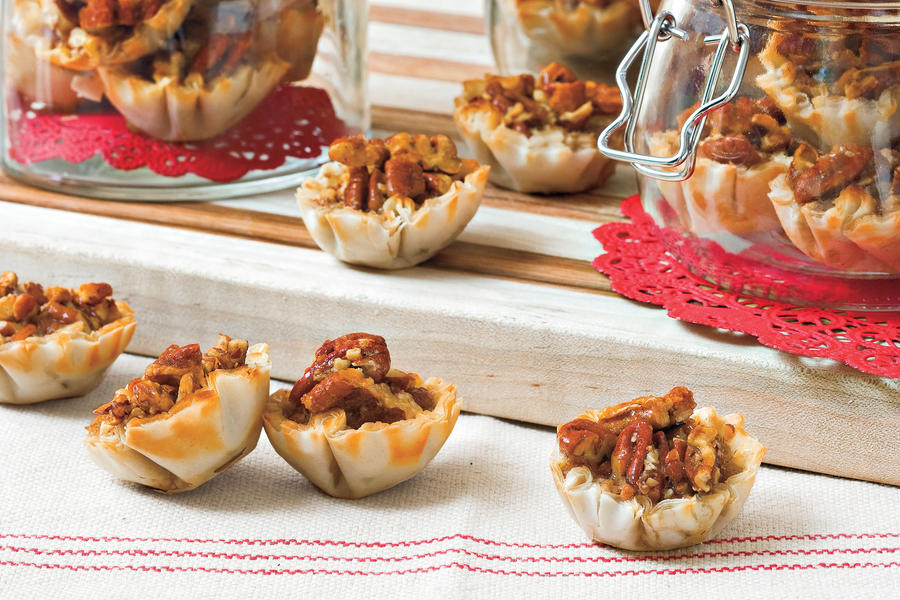 Pecan Recipes: Crunchy Pecan Pie Bites