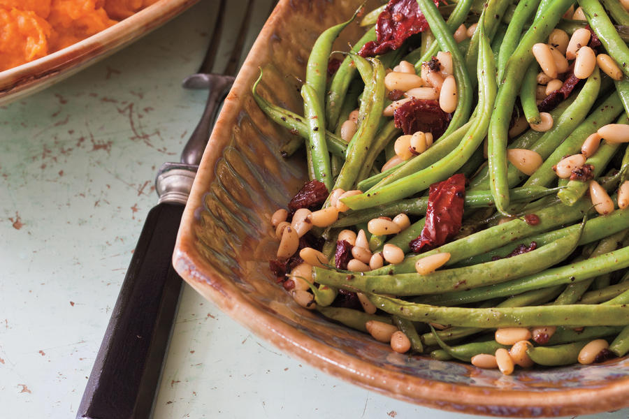 Roasted Green Beans with Sun-dried Tomatoes