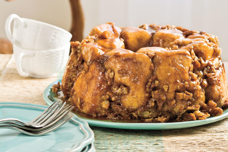 Brunch Recipes: Praline Pull-Apart Bread