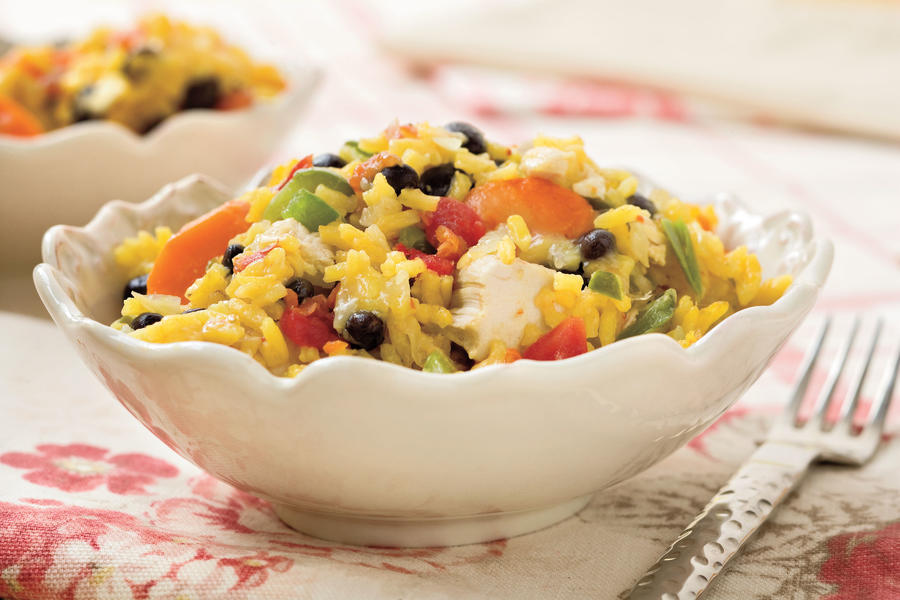 Quick and Easy Dinner Recipes: Baked Chicken and Rice With Black Beans