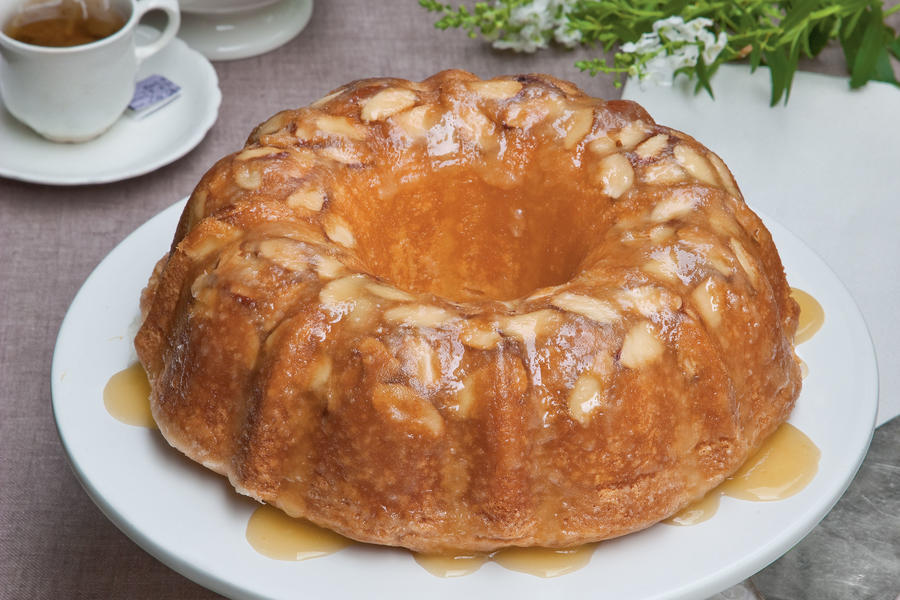 Amaretto Almond Pound Cake Recipe