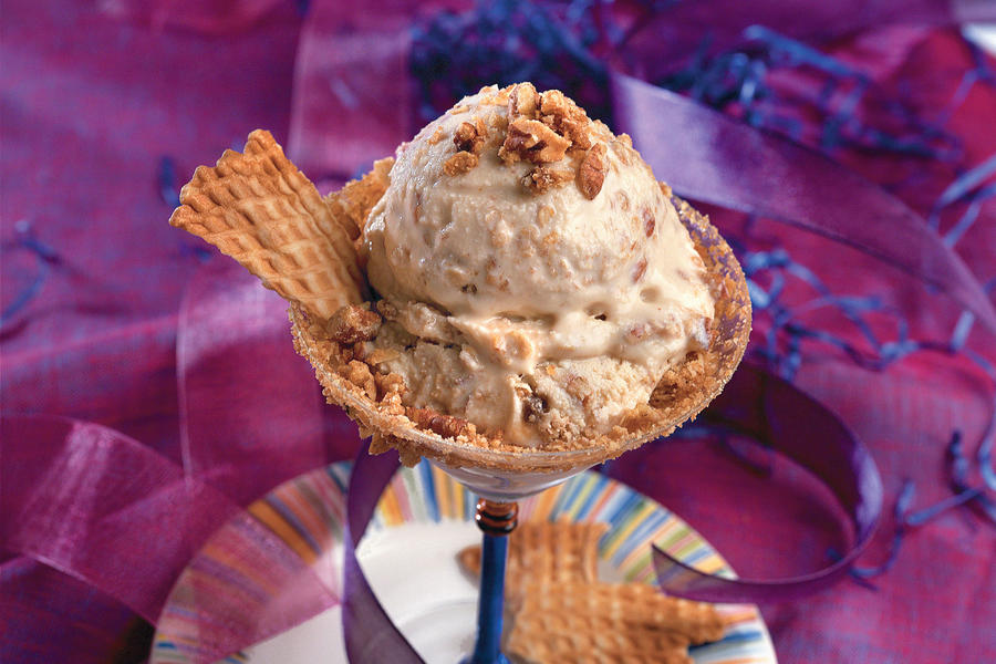 Pecan-Caramel Crunch Ice Cream