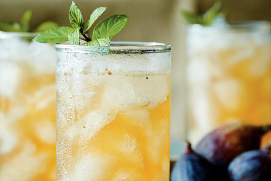 Fig-and-Bourbon Fizz