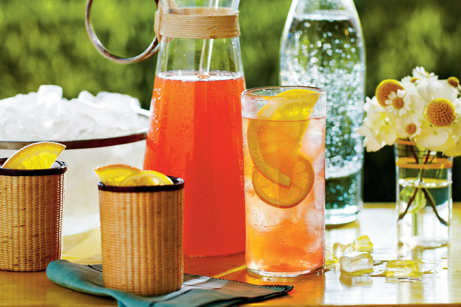 Punch and Cocktail Summer Drink Recipes: Sweet Tea Spritzer