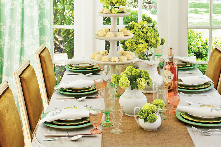 The Elegant, Yet Casual, Table Setting