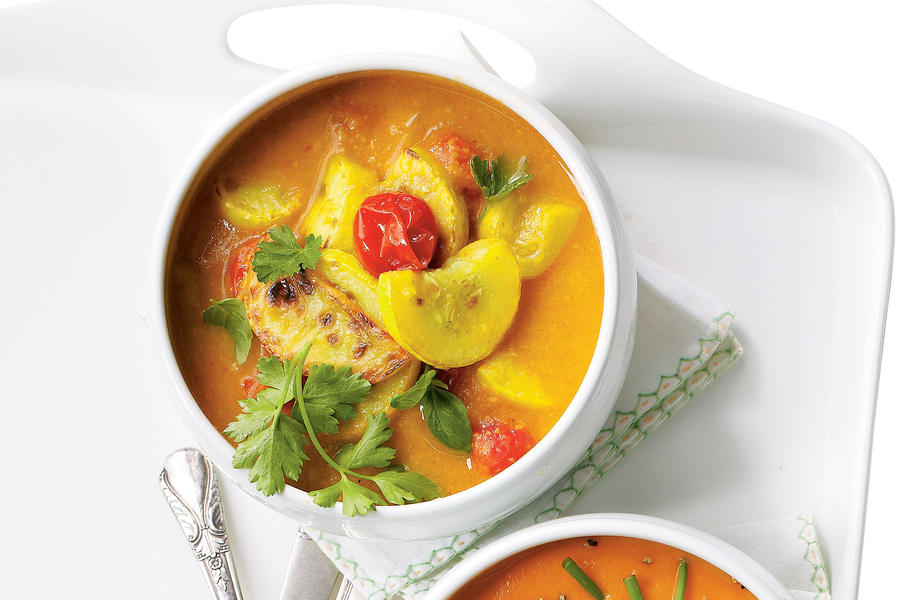 Yellow Squash and Curry Stew
