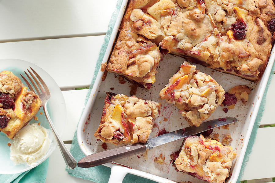 Blackberry-Peach Cobbler Bars