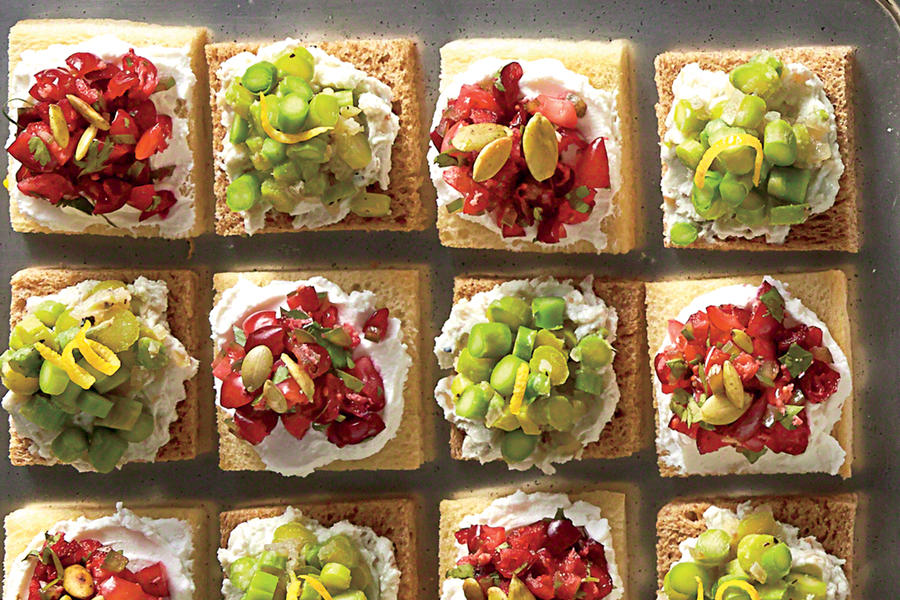 Cranberry goat cheese canap s holiday appetizer recipes for What is a canape appetizer
