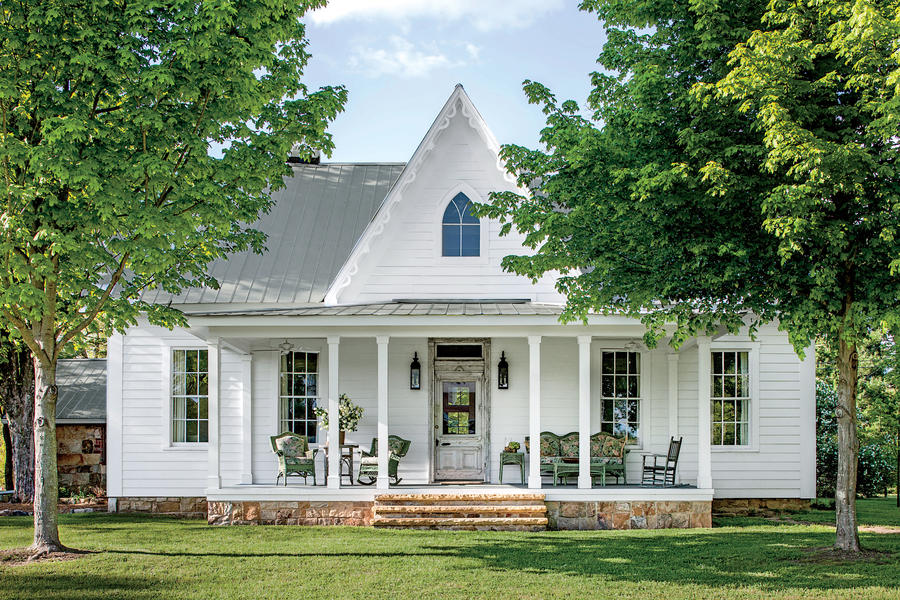 Monteagle magic charming home exteriors southern living for Carpenter style homes