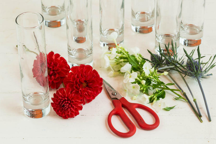 Vegetarian Christmas Centerpiece : Diy floral flag centerpiece southern living