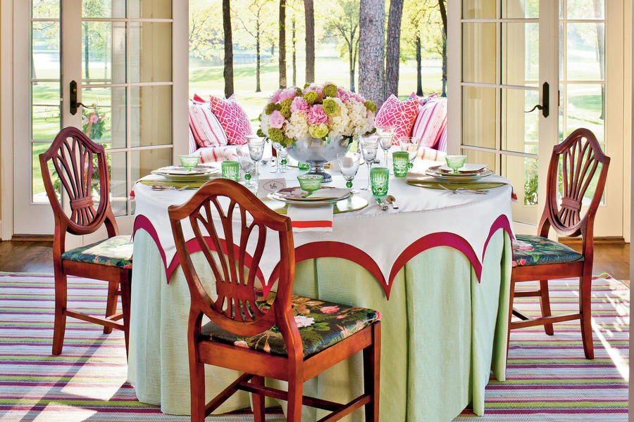 Focus on the Table Setting Details