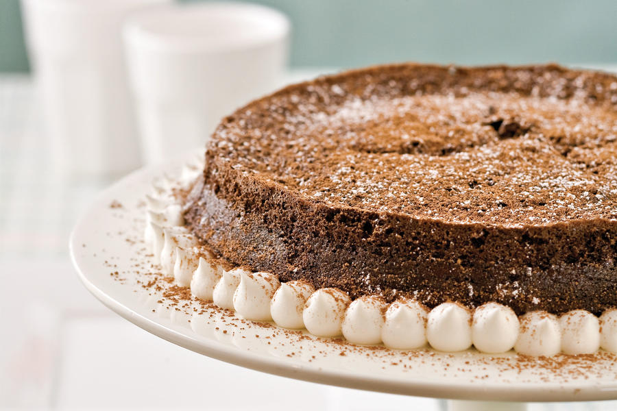Healthy Desserts: Dark Chocolate-Bourbon Tarte