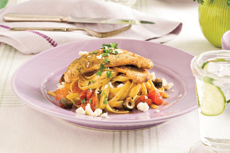 Easy Pasta Recipes: Mediterranean Turkey Cutlets and Pasta